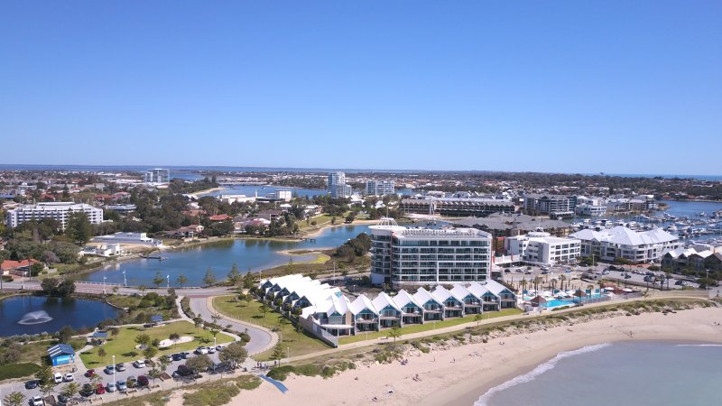 Mandurah city beach