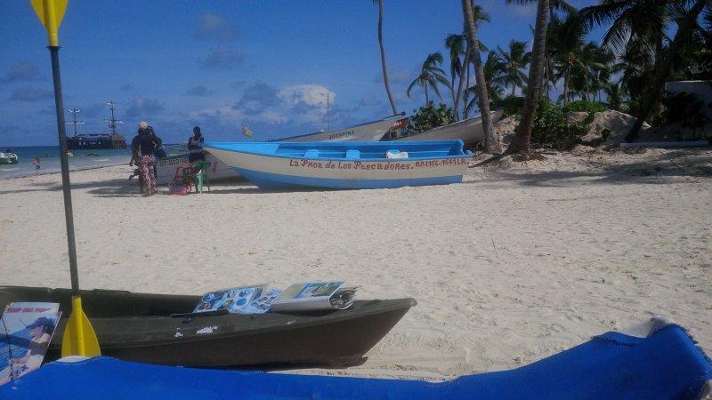 Rent...Alquiler..apto playa los corales...!!, location de vacances à Punta Cana
