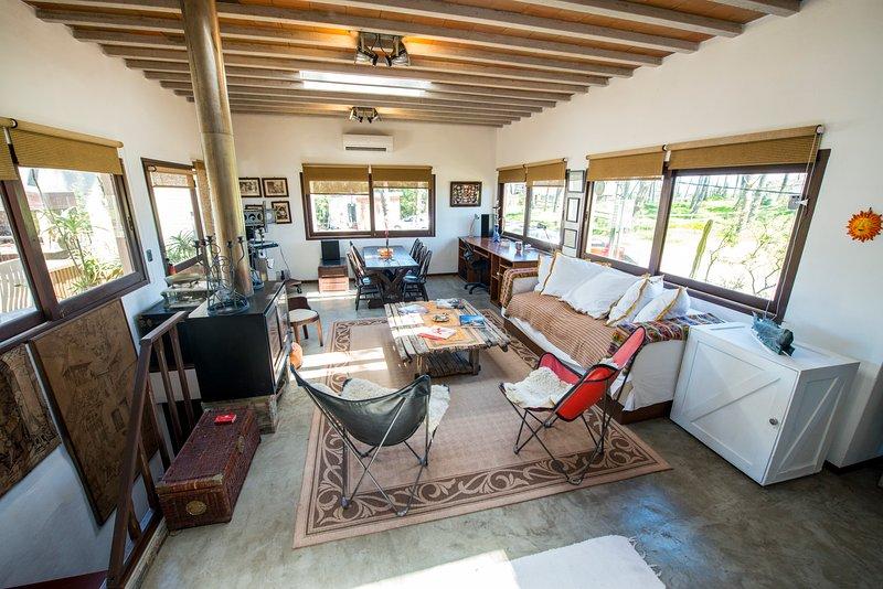 Casa nueva. A 100mtrs del Mar. Punta Ballena., holiday rental in Punta del Este