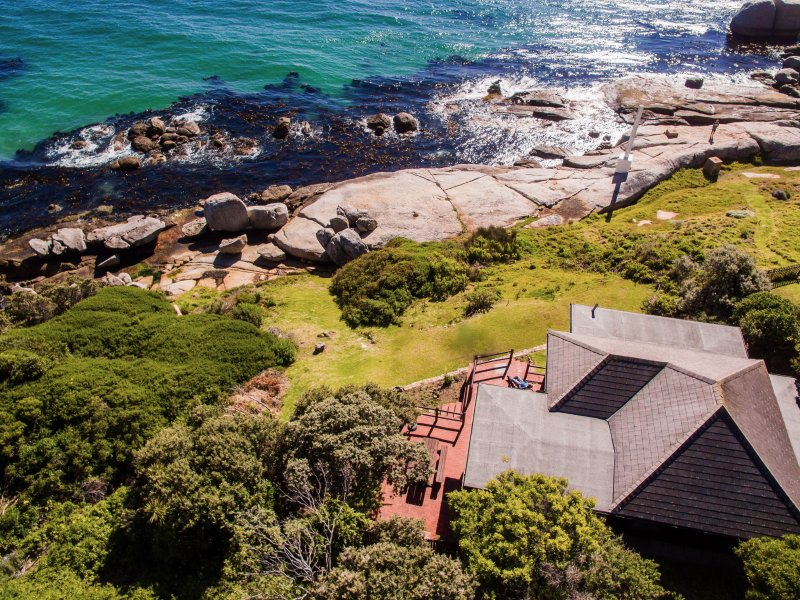 The Milestone enjoys privacy and seclusion in a beautiful natural environment on the seashore,