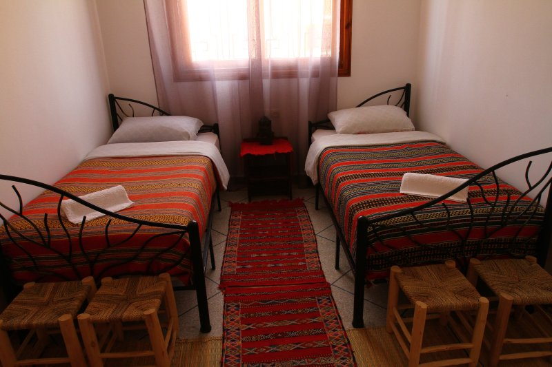 Bagus Surf Camp Bedroom 3, location de vacances à Tamraght