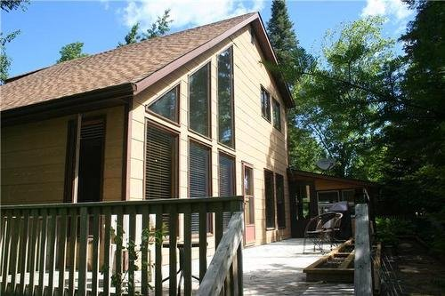 4 SEASON Large Family Cabin Rental GULL LAKE MB UPDATED 2019