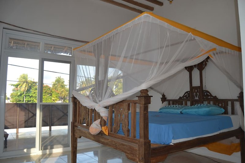 Yelow Card apartment & Bungalows - Room 1, holiday rental in Jambiani