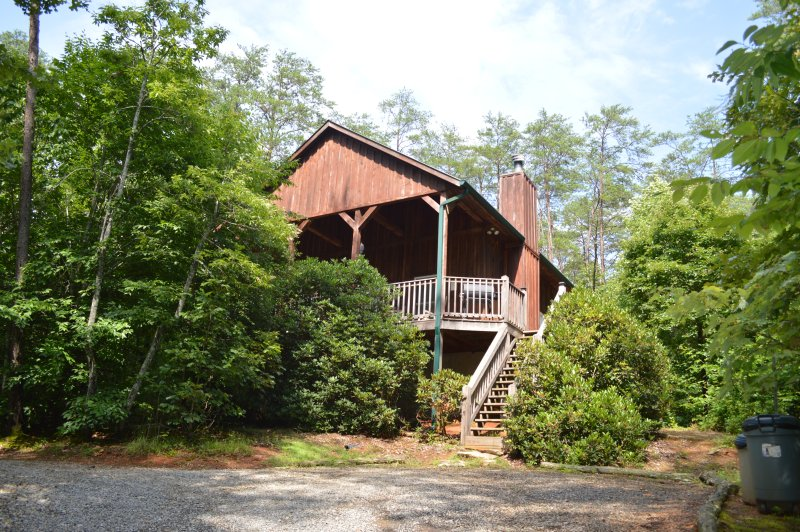 Most Secluded, Private & Romantic Cabin in Townsend! 'Lady Slipper', vacation rental in Townsend