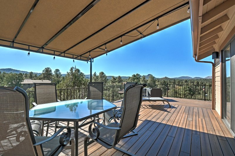Experience the best of Prescott, Arizona while staying at this stunning vacation rental house!