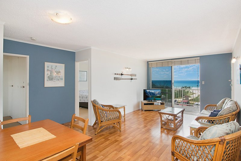 Longbeach 10 - Bilinga/ North Kirra Beachfront, vacation rental in Bilinga
