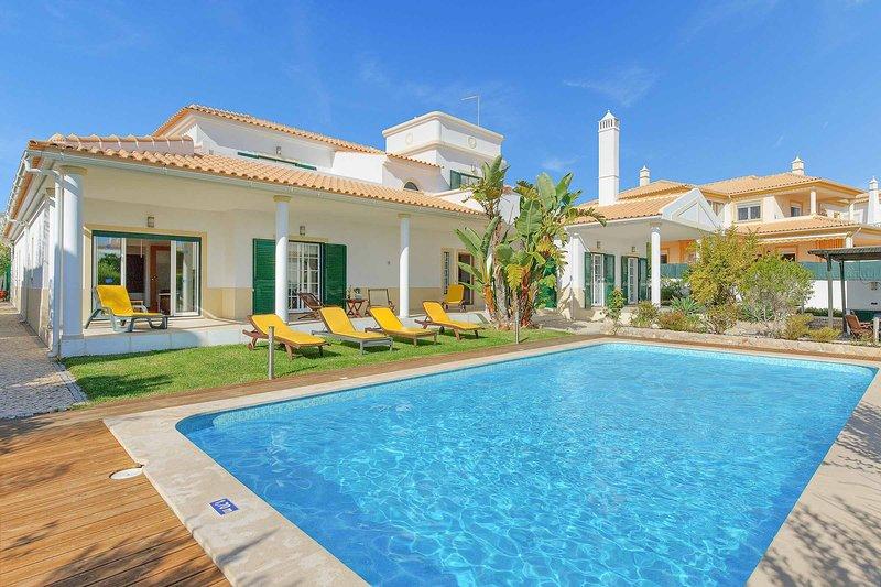 Villa Marali, holiday rental in Gale