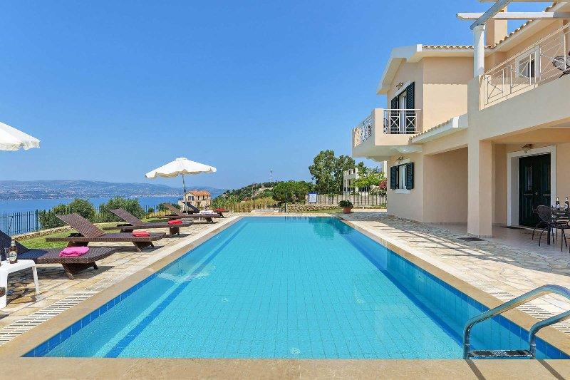 Villa Argostoli Bay, holiday rental in Argostolion