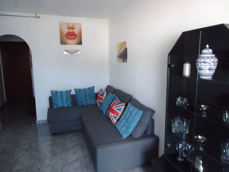 1 Bedroom Appartment, Benalmadena, Costa Del Sol, Spain, holiday rental in Benalmadena
