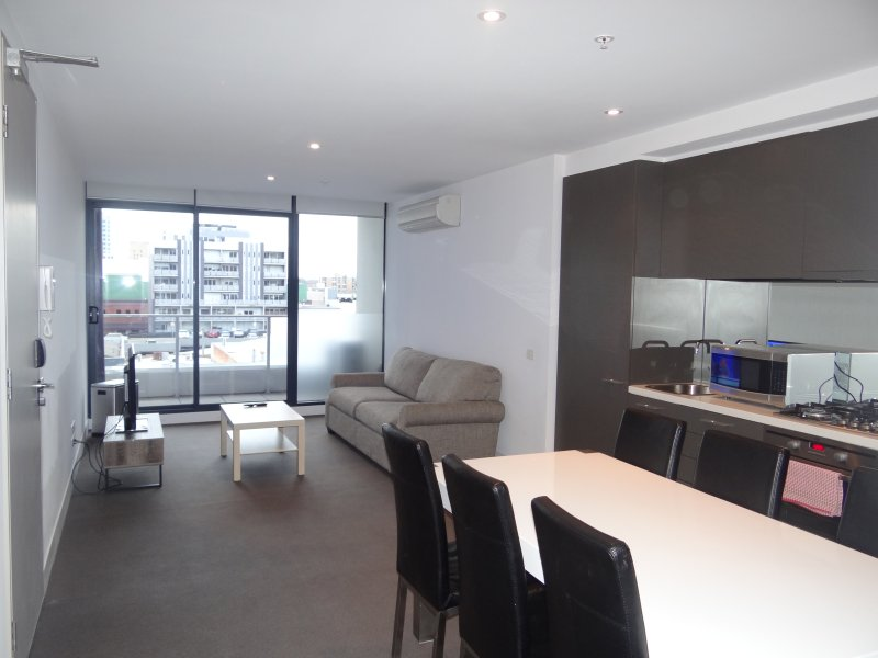 Two Bedroom Apartment with Free wifi, holiday rental in Toorak