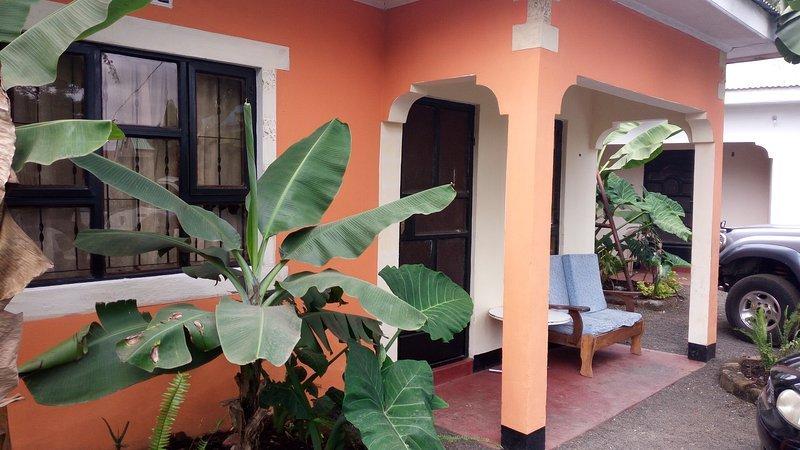 Home Travelers Lodge (Unit 5), location de vacances à Région d'Arusha