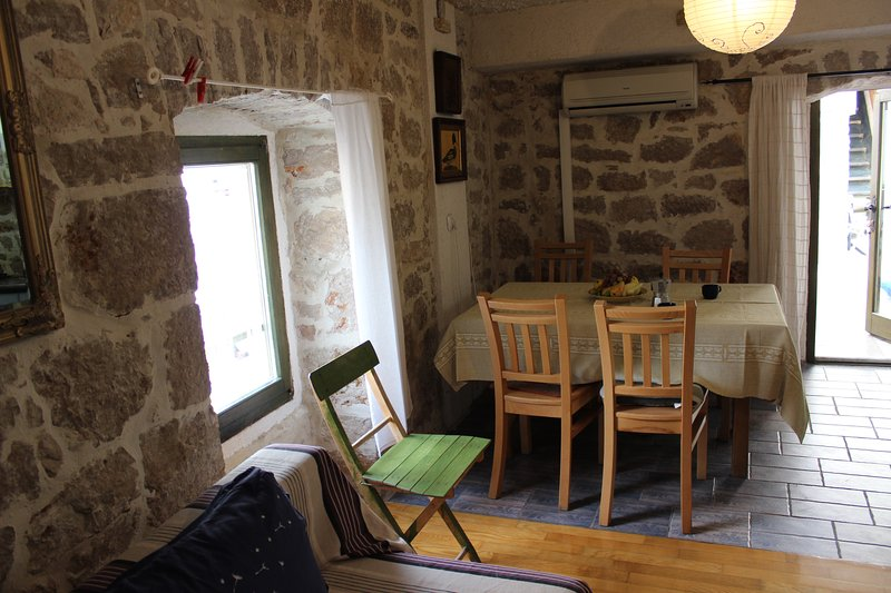 VOLTERA 2, vacation rental in Betina