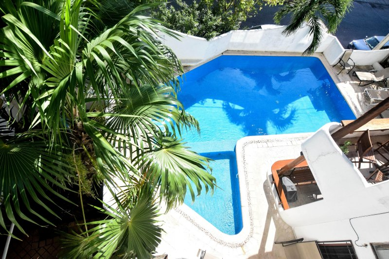 Lovely and affordable, this 1 bedroom, 1 bathroom condo is in the best location of Playa del Carmen!