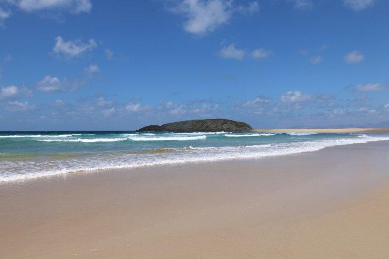 PLAYA PARAÍSO PLUS - YOUR OCEAN APARTMENT, holiday rental in Costa Calma