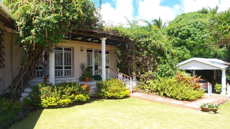 Garden Delight Classic Second Room (2), location de vacances à Corinth