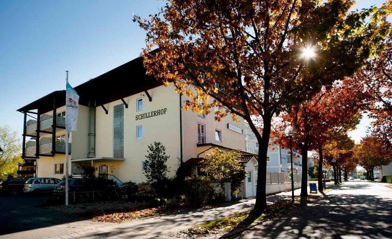 Schillerhof - Doppelzimmer Südseite - 25 qm, holiday rental in Bad Fussing