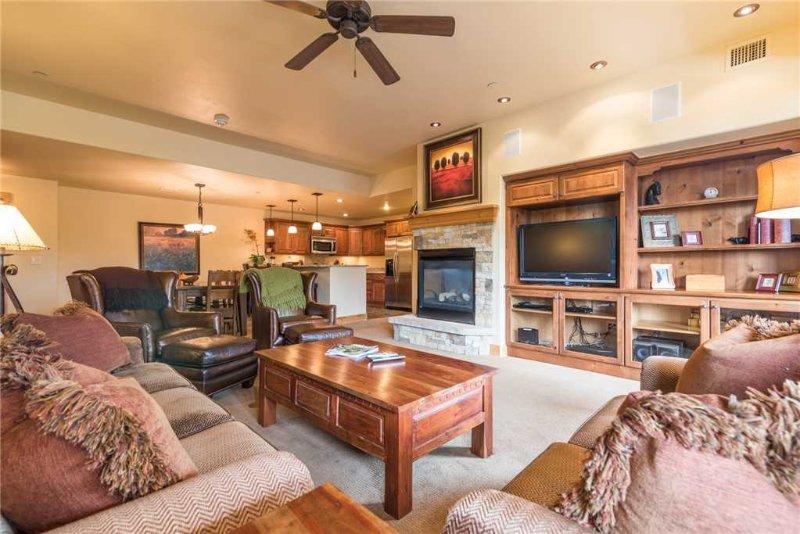 Bear Lodge 6204 - Trappeur's Crossing Resort, alquiler de vacaciones en Steamboat Springs