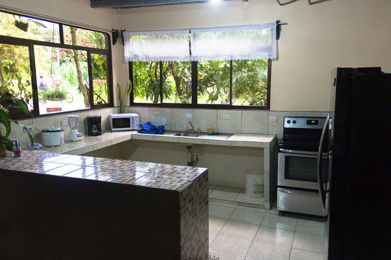 The Peñas House Rental Vacation, holiday rental in Province of Alajuela