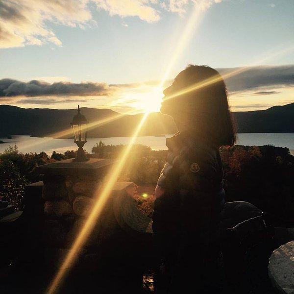 Lever du soleil au château de Highlands.
