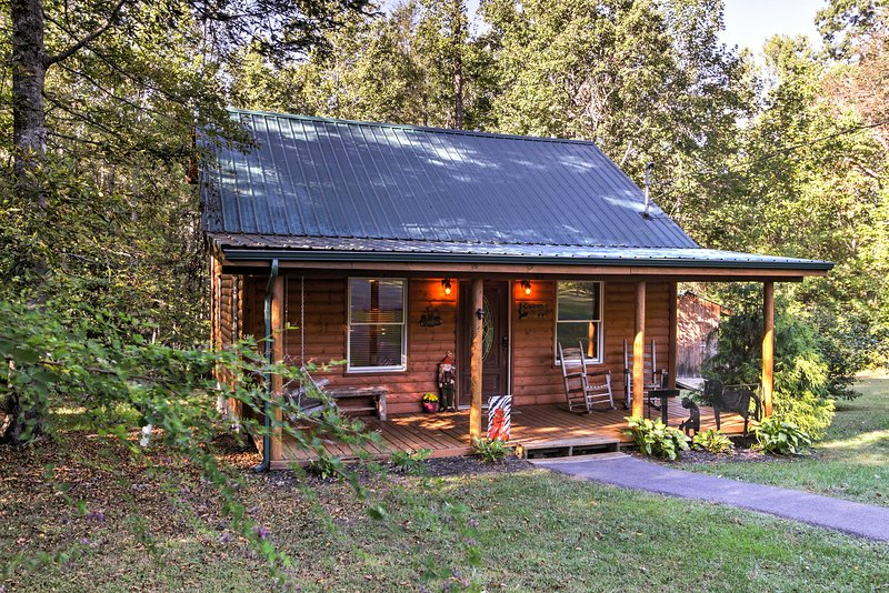Find a cozy cabin escape when you stay in this 2-bedroom, 2-bathroom vacation rental cabin nestled in Cosby that sleeps 6!