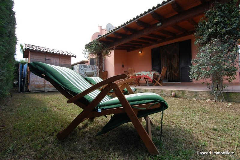 Villa Limuti con piscina, holiday rental in Campofelice di Roccella