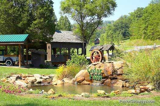 Resort Area Waters Edge Lodge