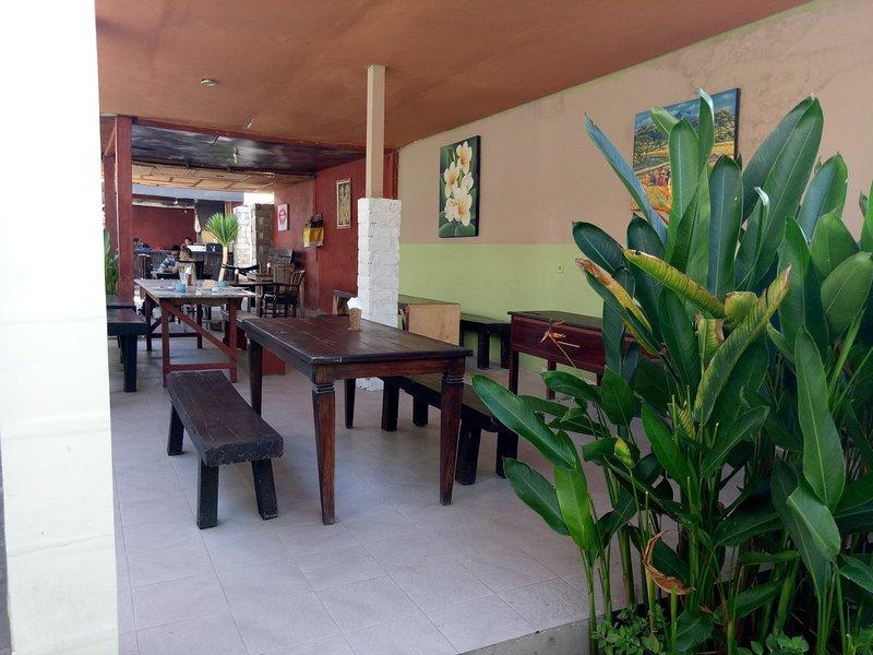 Nusa Dua Guest House 3, vacation rental in Tanjung Benoa