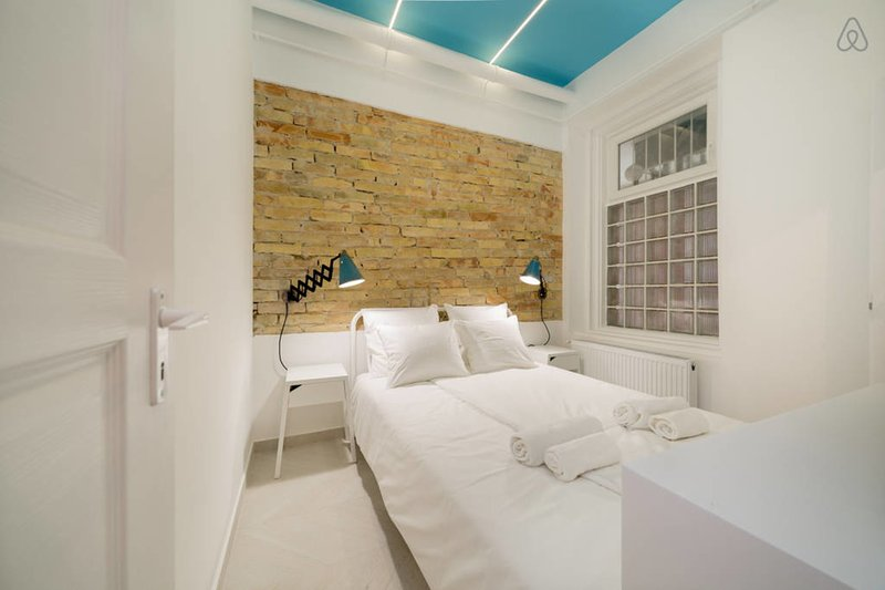 Designer Dream Home in The Absolute Center, vacation rental in Budapest