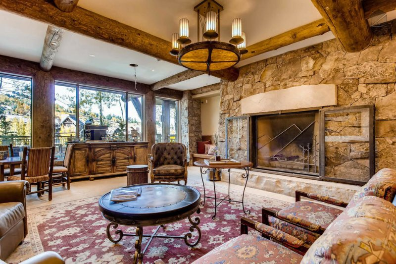 Meet with fellow vacationers at the beautiful Snow Cloud Lodge.