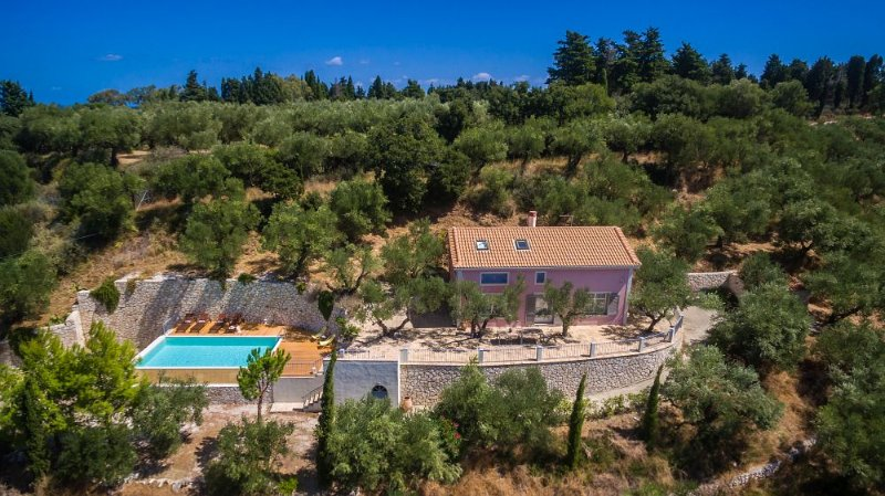 Villa Oliva- 2 Bedroom Villa with Private Pool, holiday rental in Zakynthos Town