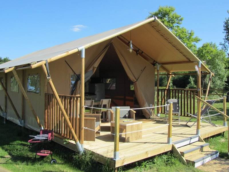 Tente lodge safari La Briande, holiday rental in La Chaussee