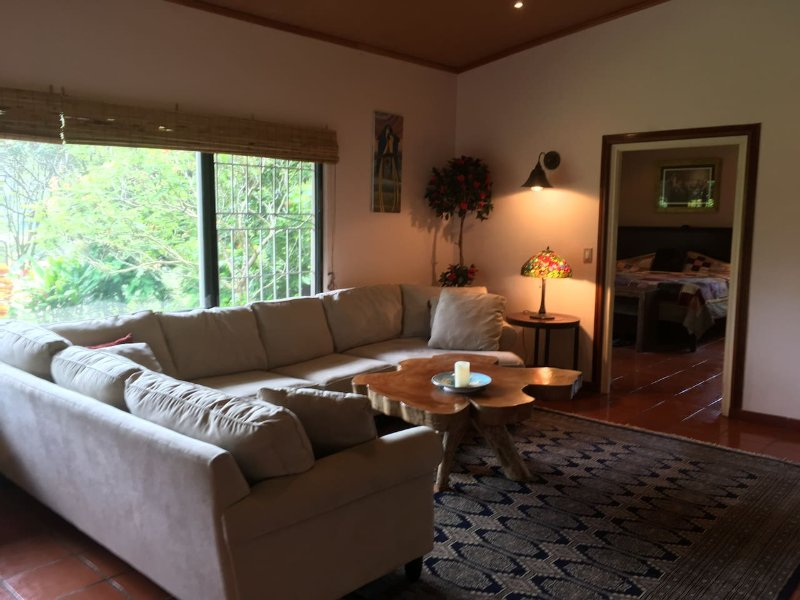 Casa Cielo Estate: 2/2 Historic Home in Bajo Boquete - GREAT VIEWS - Sleeps 6!, aluguéis de temporada em Alto Boquete