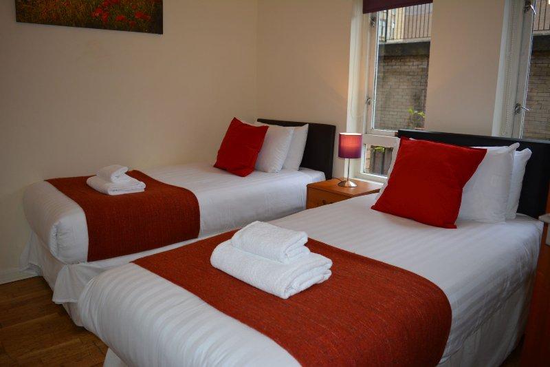 Twin Single beds in bedroom 2