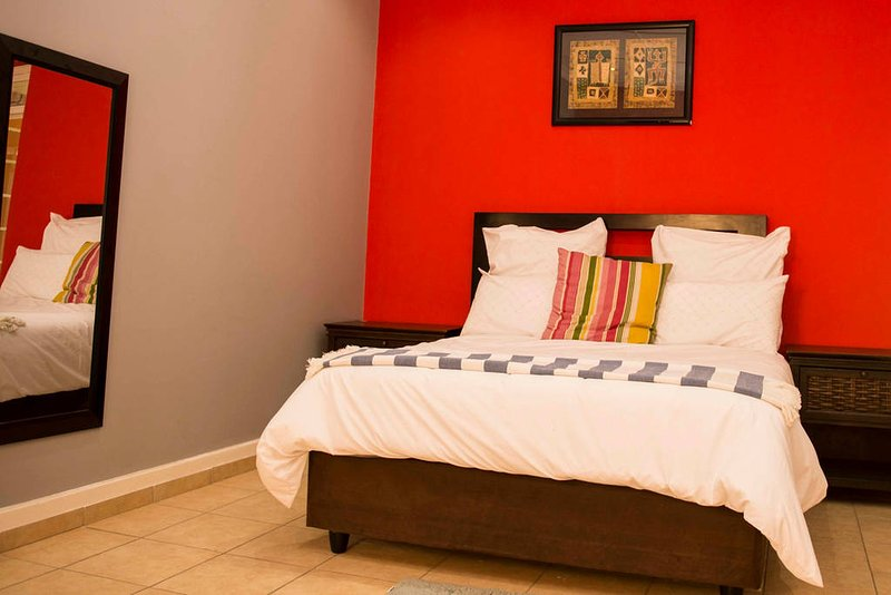 Klelya's Guest House - Room 5, alquiler vacacional en Germiston