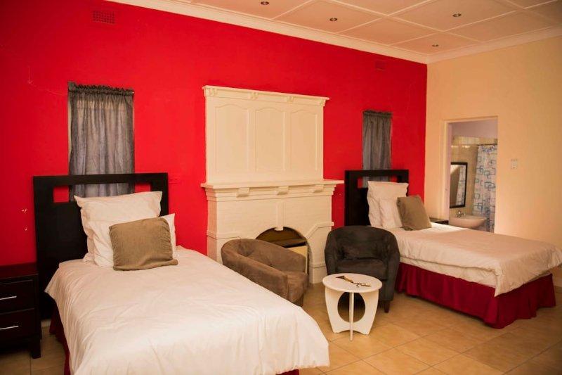 Klelya's Guest House - Room 7, holiday rental in Houghton Estate