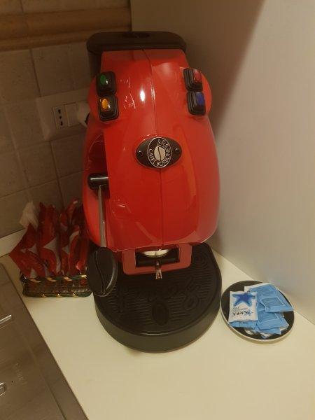 MÁQUINA DE CAFÉ 'con vaina y AZUCAR
