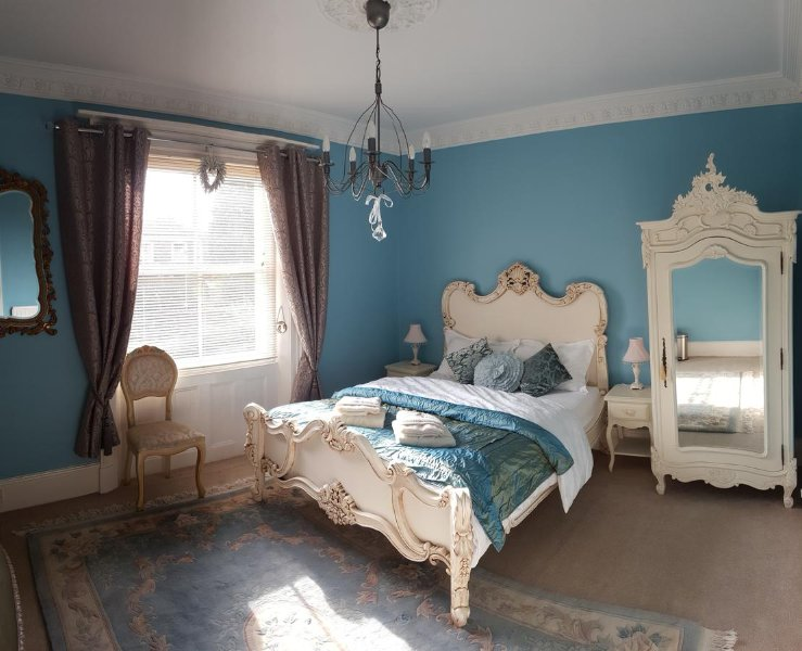 Royal Blue - Luxury King Room, Ferienwohnung in Hereford