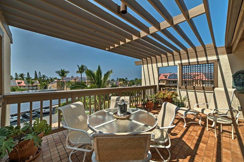 Prenez quelqu'un de spécial et de venir à Hawaï pour séjourner dans cet 1 chambre, 1 salle de bains condo location de vacances à Kailua-Kona.
