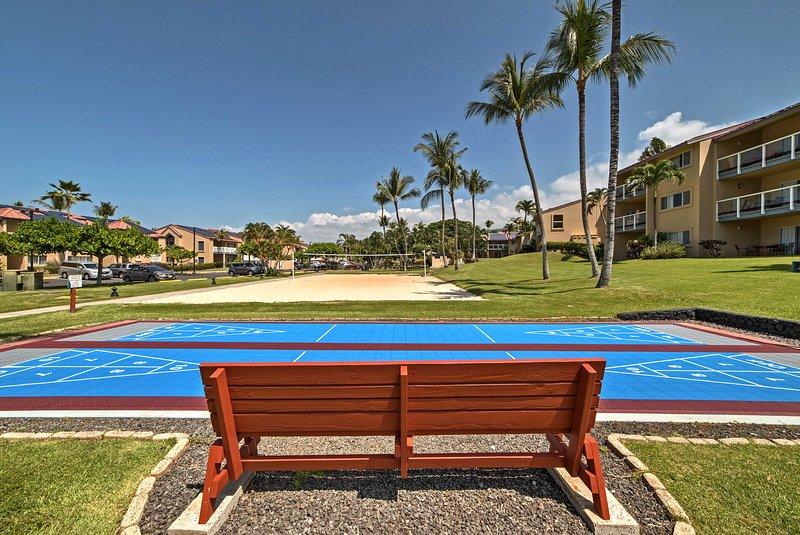 La propriété comprend également des terrains de jeu de palets, un terrain de beach-volley et une aire de pique-nique avec barbecues à gaz.