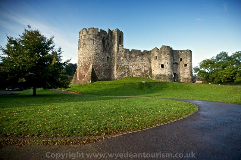 Le château de Chepstow est sans doute le château en pierre le plus ancien dans le pays