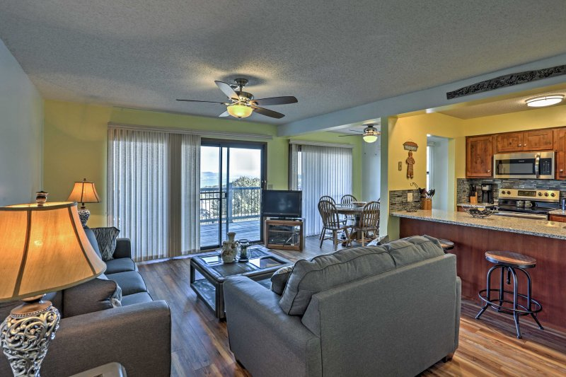 Up to 6 guests can comfortably vacation in this quaint condo.