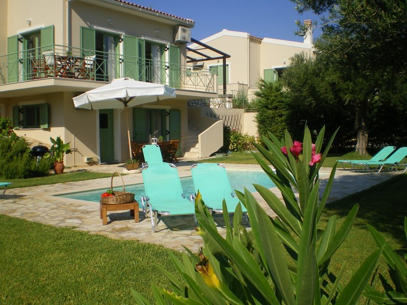 VILLA SOPHIE : A TASTE OF PARADISE !, vacation rental in Karavados