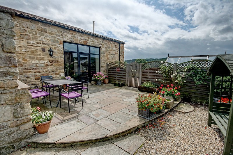 The Dairy at Hill Farm Holiday Cottages Near Whitby, holiday rental in Beck Hole