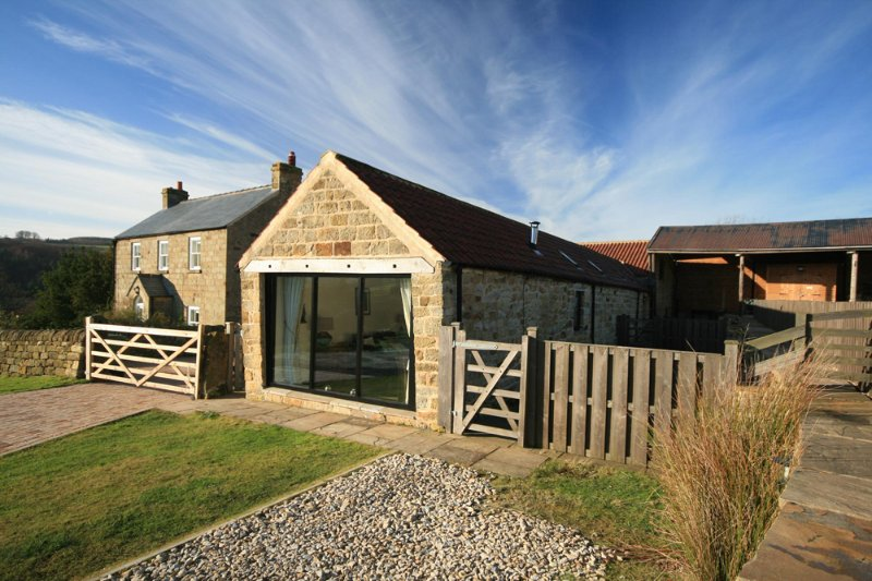 Moor View at Hill Farm Holiday Cottages Near Whitby, holiday rental in Beck Hole