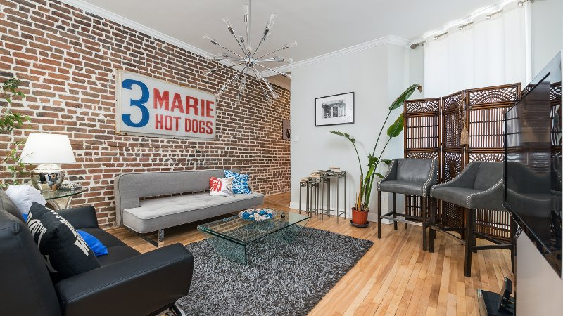 OUTREMONT VIP HIGH-END PENTHOUSES RIGHT DOWNTOWN, holiday rental in Mont-Royal