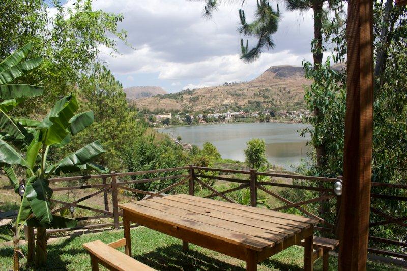 Villa 2 chambres + 1salon de charme à Ampefy, vacation rental in Antananarivo Province