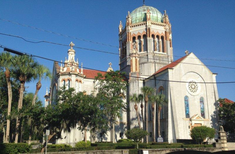 Memorial Presbyterian Church, bara ett kvarter