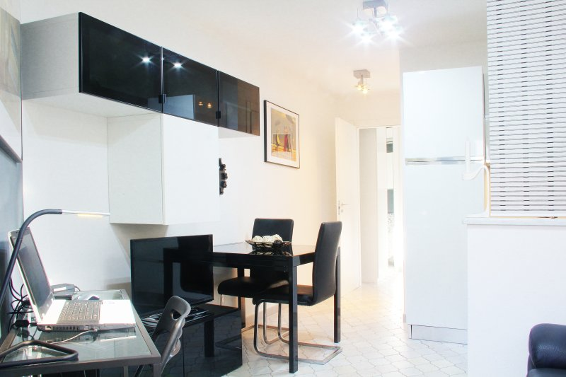 Romantico White & Black, holiday rental in Follonica