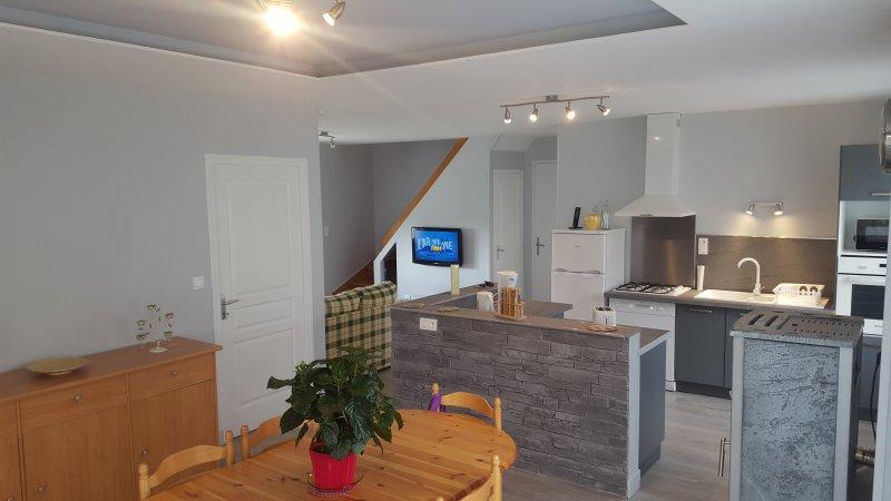 Appartement meublé 3 étoiles 'tsavou', casa vacanza a Saint-Genes-Champespe