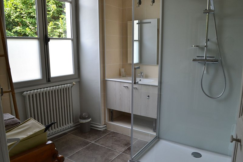 1st shower room with spacious cabin